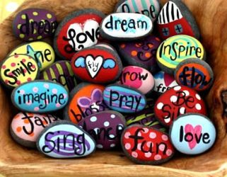 5db2d0e406d8062c9c283f0e5ca611f3--a-rock-painted-rocks